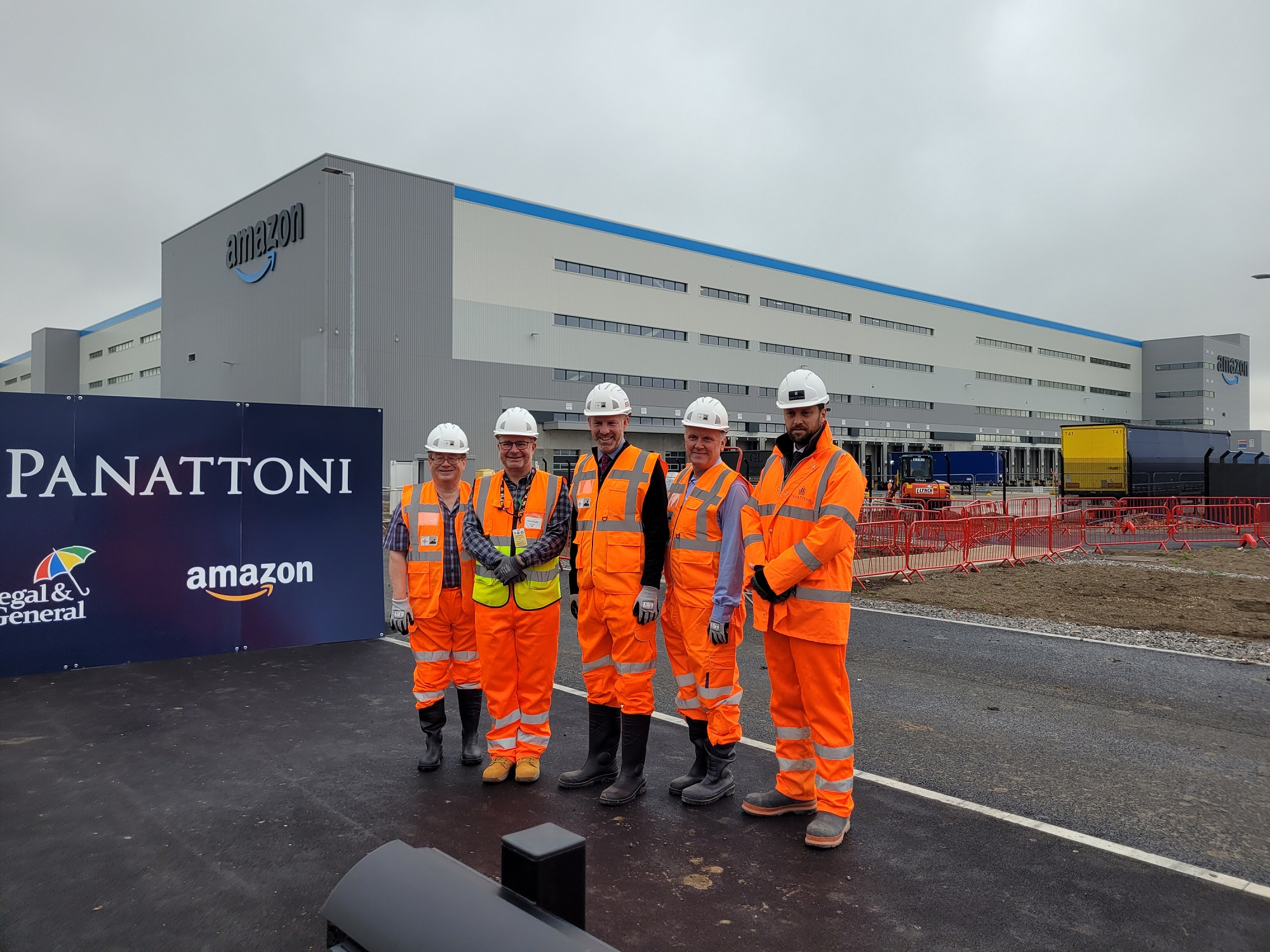MP Welcomes Innovation And Investment At New Amazon Facility In Swindon